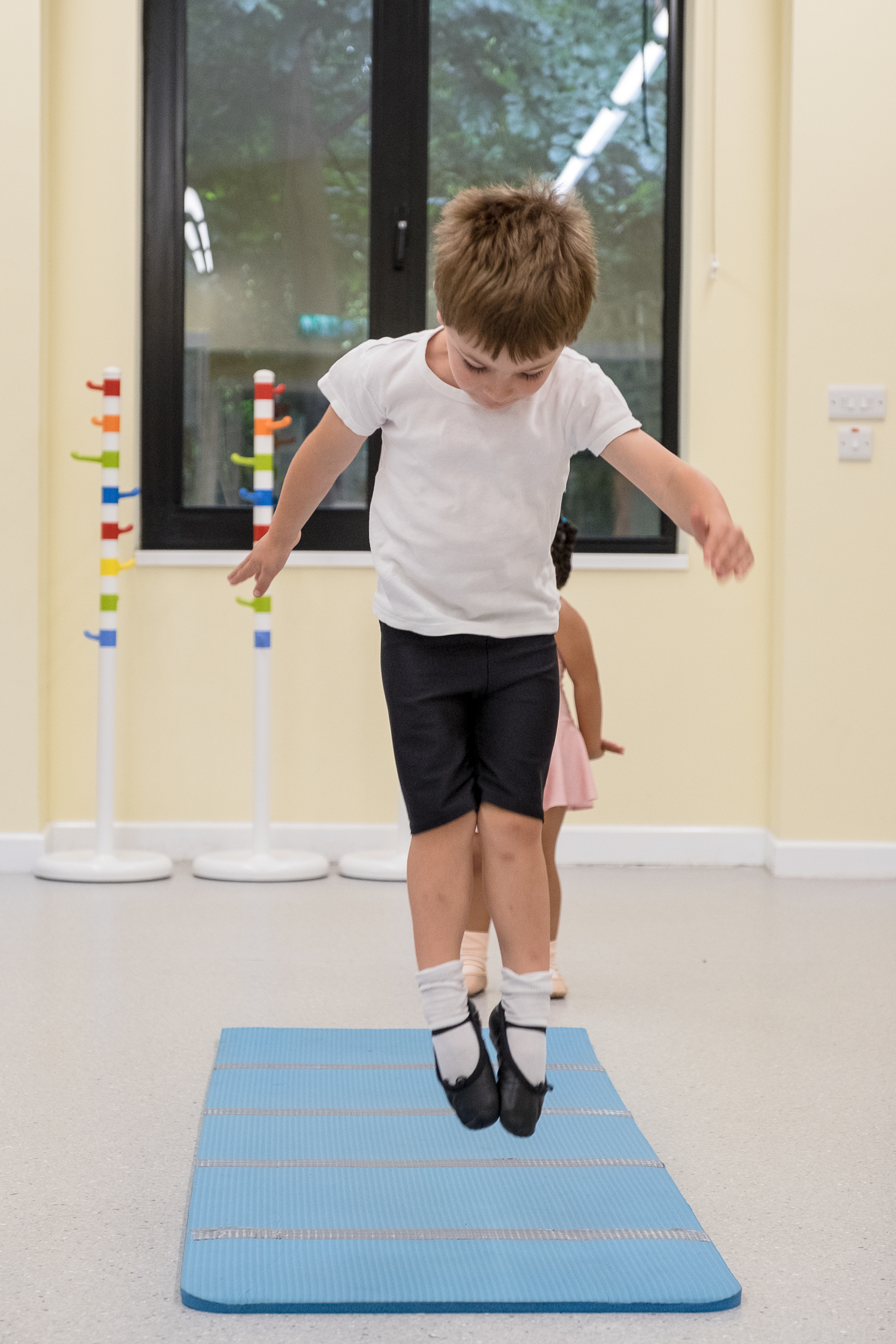 West Wimbledon Dance Academy - Nursery class 1