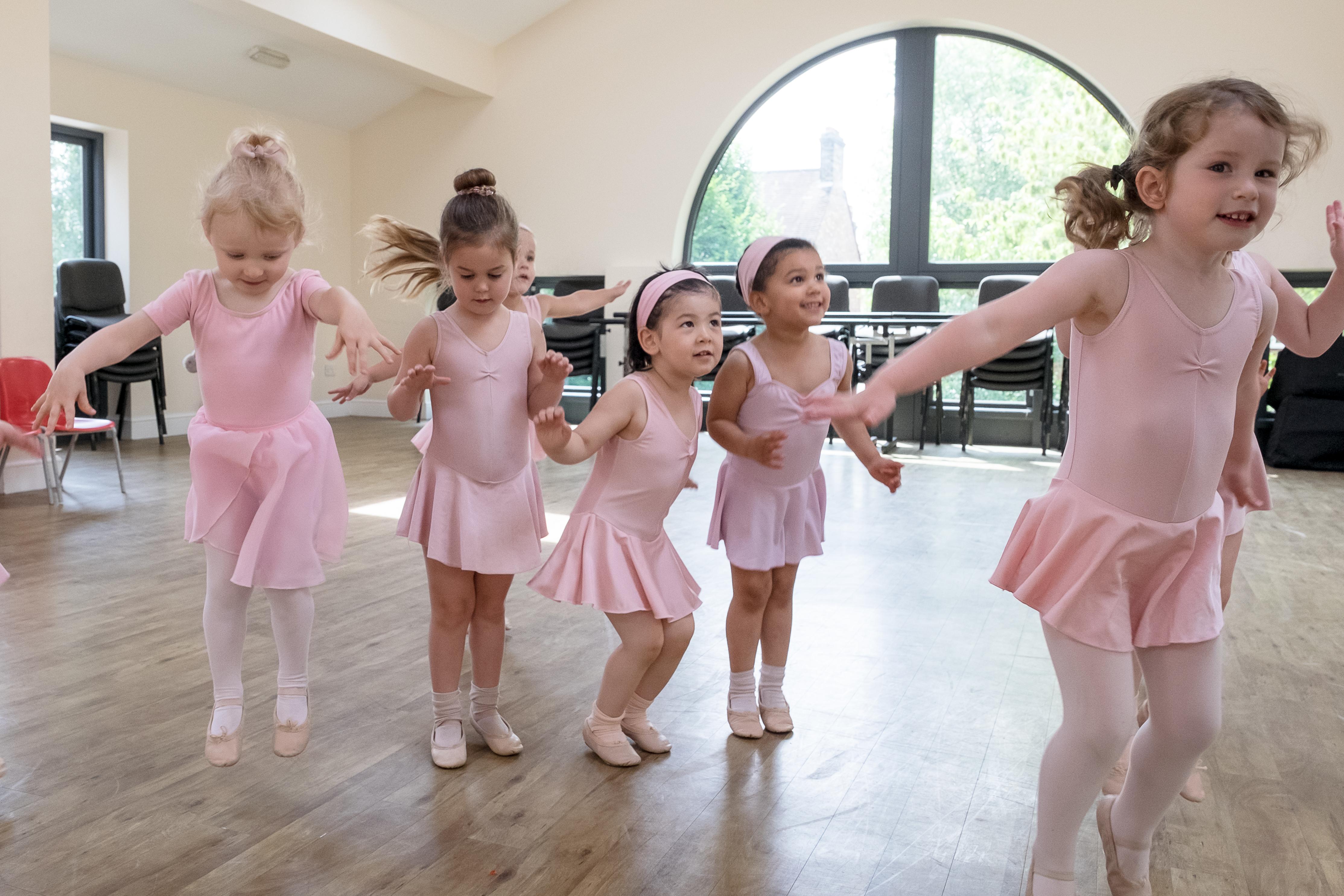 West Wimbledon Dance Academy - Nursery class 4
